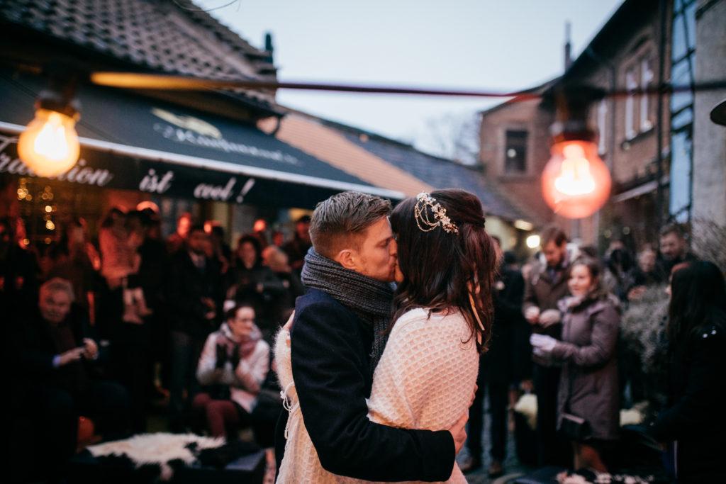 freie Trauung - der Kuss