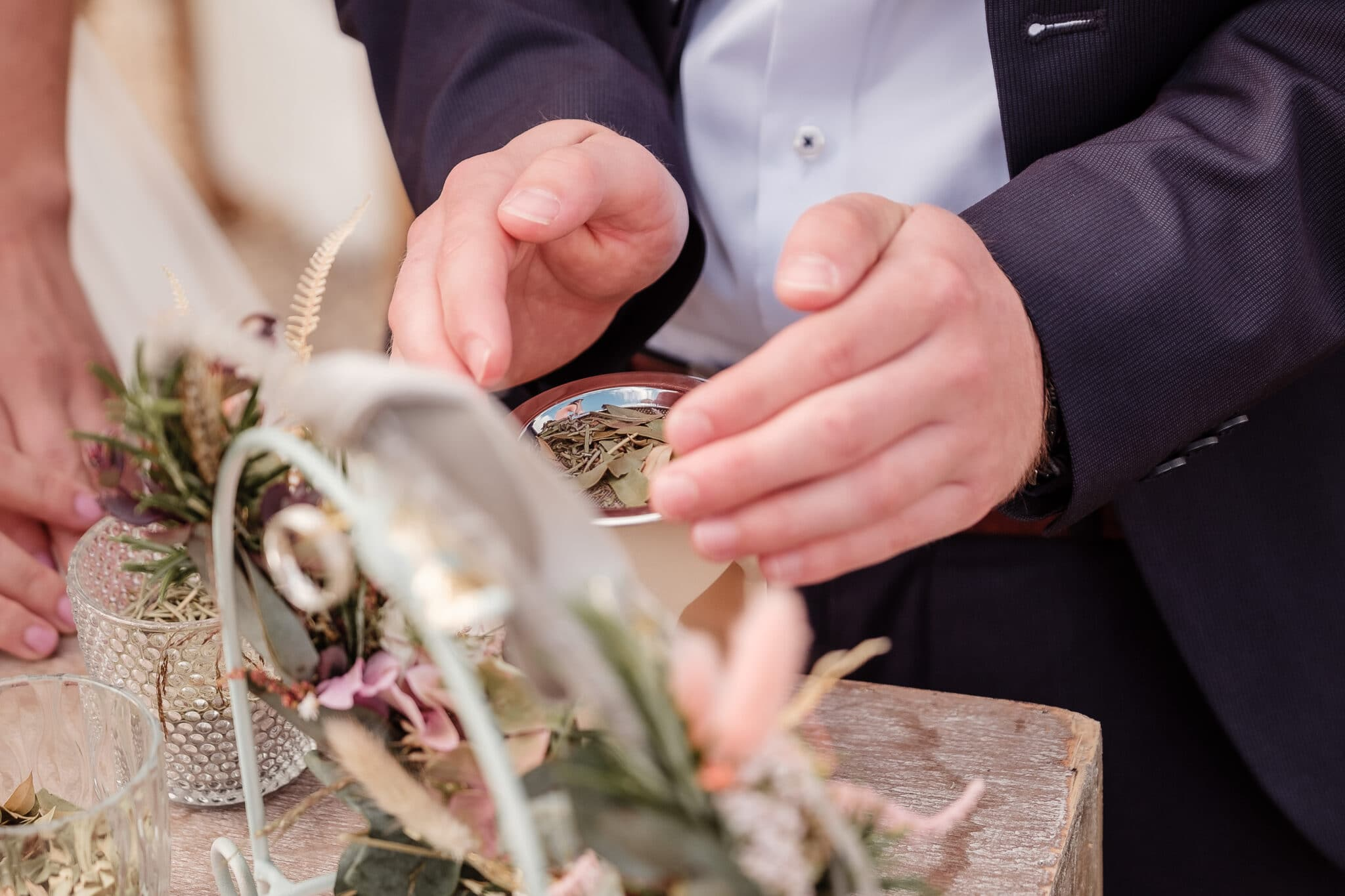 Kräuter räuchern Ritual freie Trauung